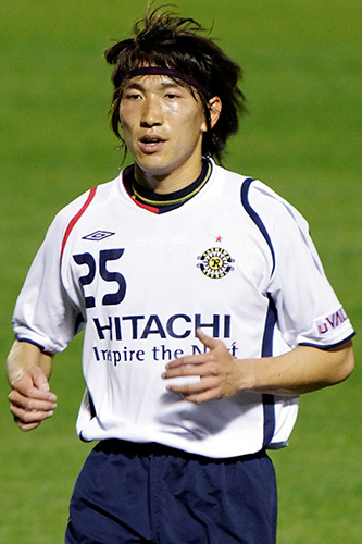 Reysol's goalscorer, MURAKAMI Yusuke, at the Big Arch in April - stefanole